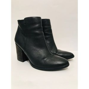 Steve Madden Sterre Black Leather Booties Sz. 9